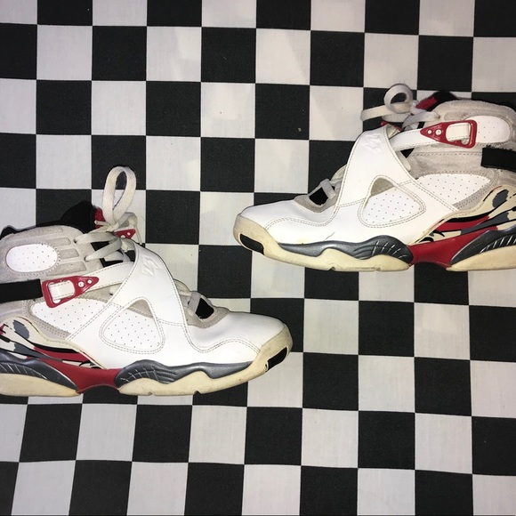 Jordan Other - Air jordan retro 8 bugs bunny size 6y